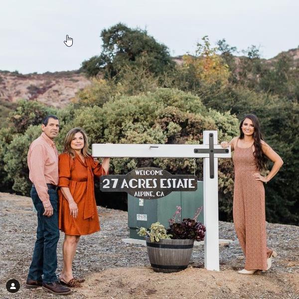 27 acres family